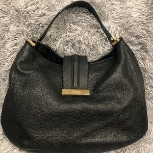 GUCCI • Black Leather Hobo Bag • BER2G